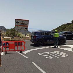 Indignación entre los vecinos y empresarios de Anaga por el cierre de la carretera