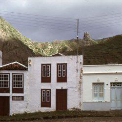 Plaza de Taganana. Tenerife.1970/1973. Foto Jean-Pierre Tharin.  ·