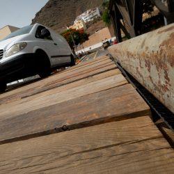 El mal uso del puente militar de San Andrés pone en riesgo la seguridad de la estructura